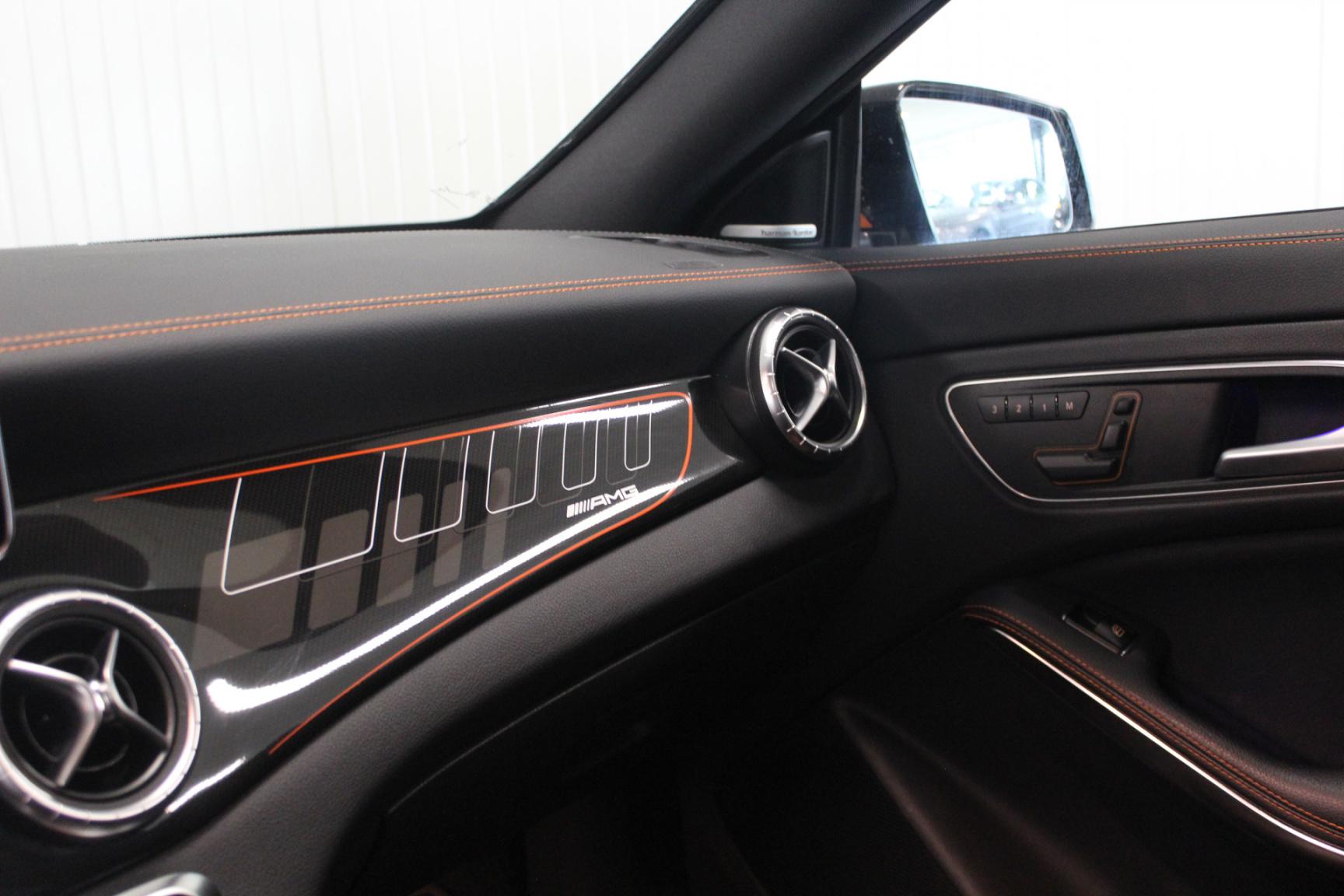 Mercedes-Benz-CLA-Klasse-22