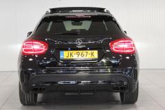 Mercedes-Benz-GLA-8