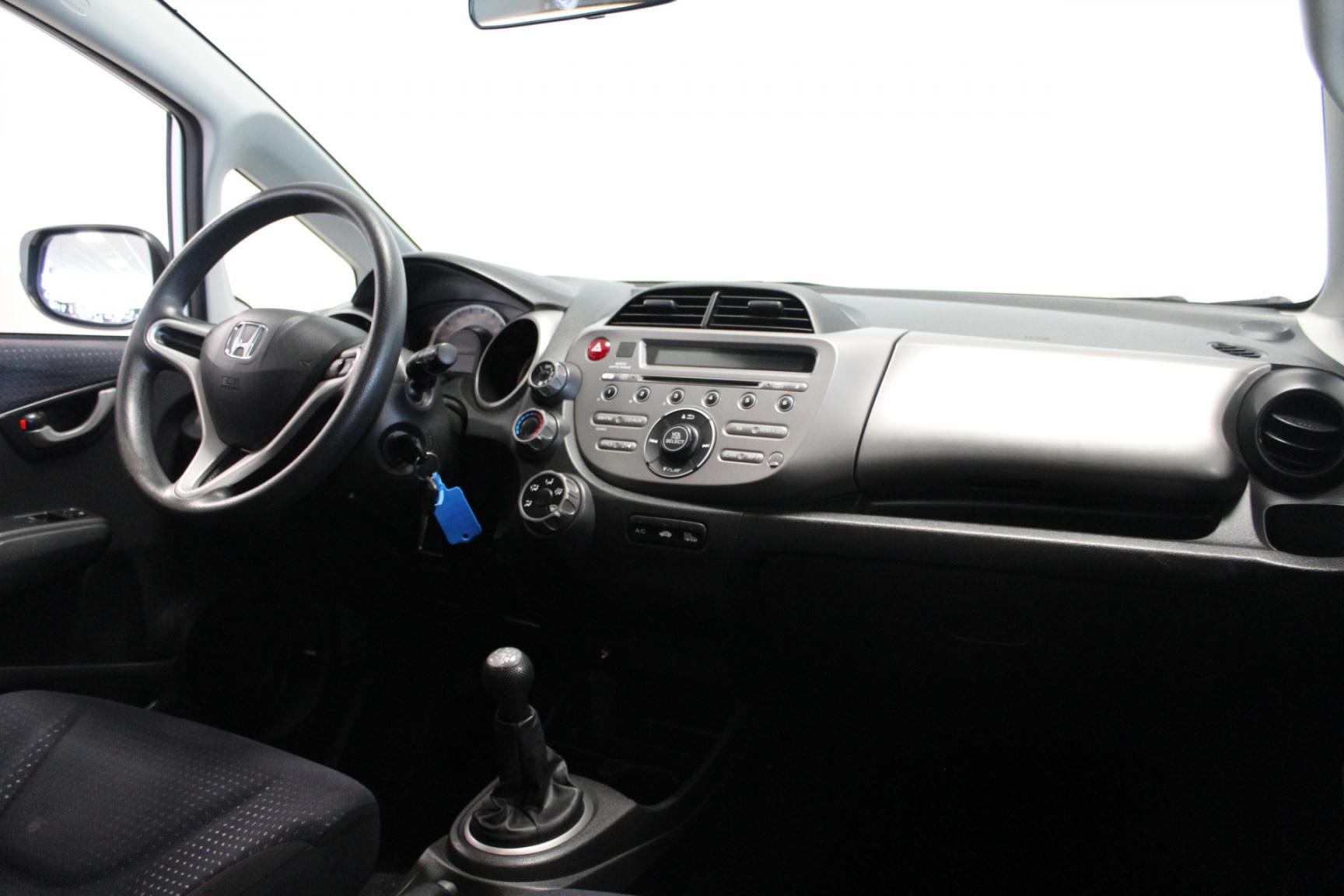 Honda-Jazz-7