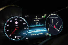Mercedes-Benz-GLC-28